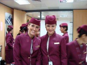 Sa koleginicom Charlotte u uniformi